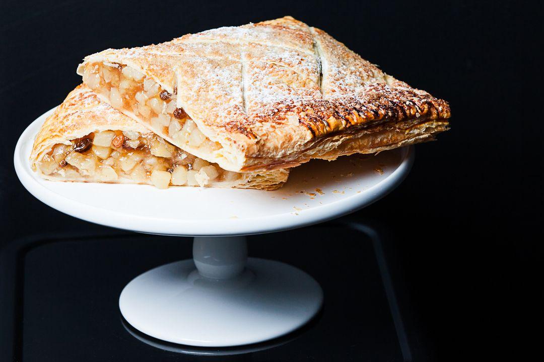 Apple Roll - Cake Box